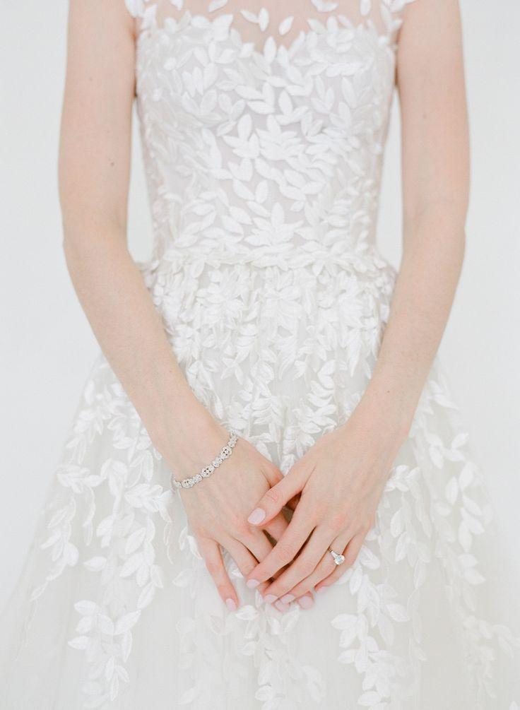 tendance robe de mariee 2017 2018 elegant wedding dress photography heather waraksa. Black Bedroom Furniture Sets. Home Design Ideas