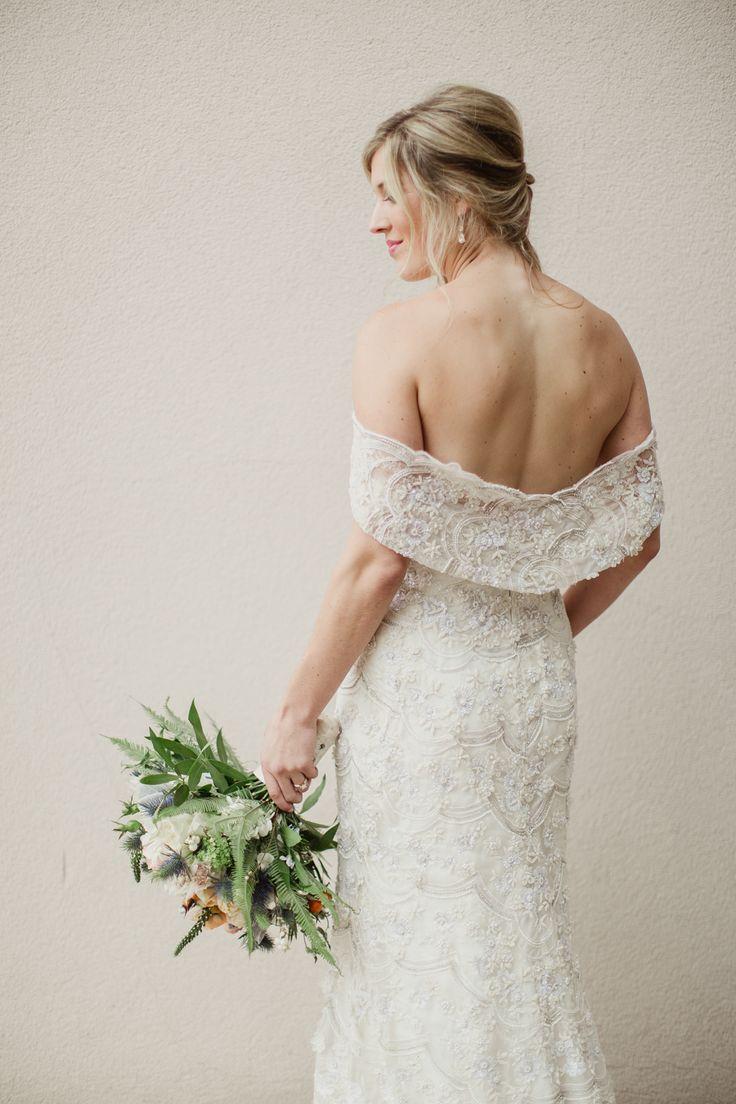tendance robe de mariee 2017 2018 off the shoulder lace draped back wedding dress photography. Black Bedroom Furniture Sets. Home Design Ideas