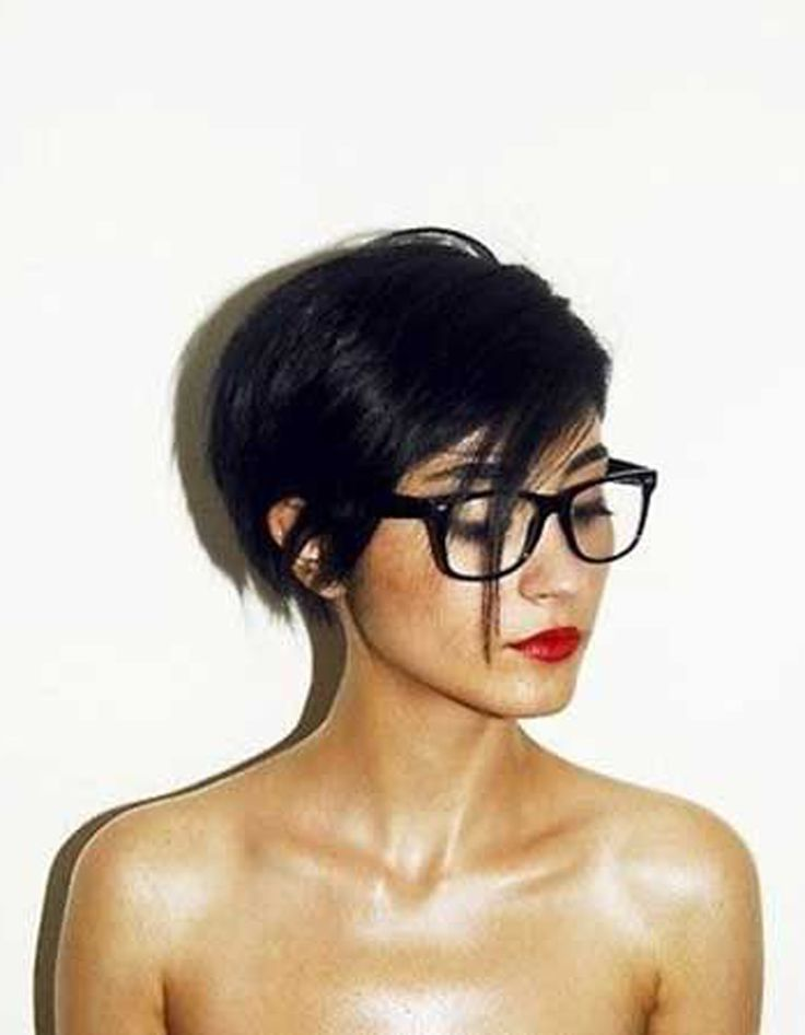 Coupe de cheveux court femme fashion