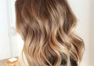 coupe de cheveux balayage great coupe dgrade avec balayage with coupe de cheveux balayage cool. Black Bedroom Furniture Sets. Home Design Ideas