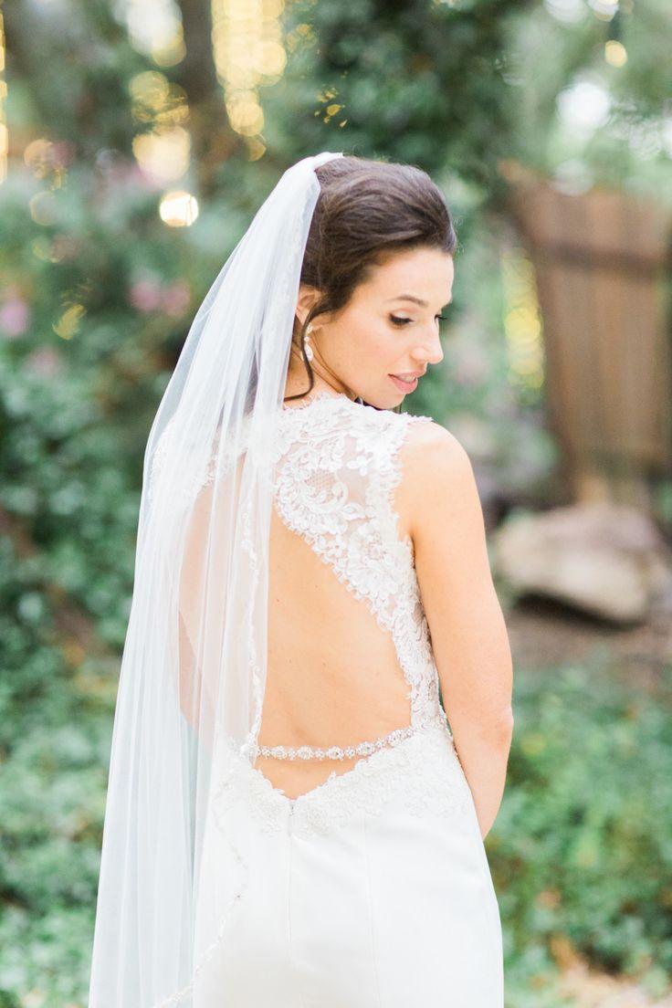tendance robe de mariee 2017 2018 open back wedding gown photography koman photography. Black Bedroom Furniture Sets. Home Design Ideas