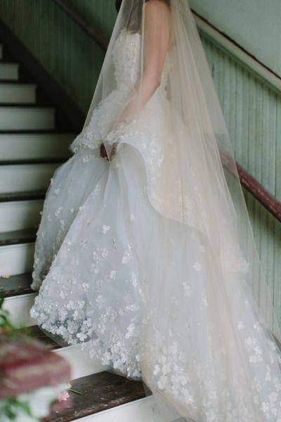tendance robe de mari e 2017 2018 floral applique dress